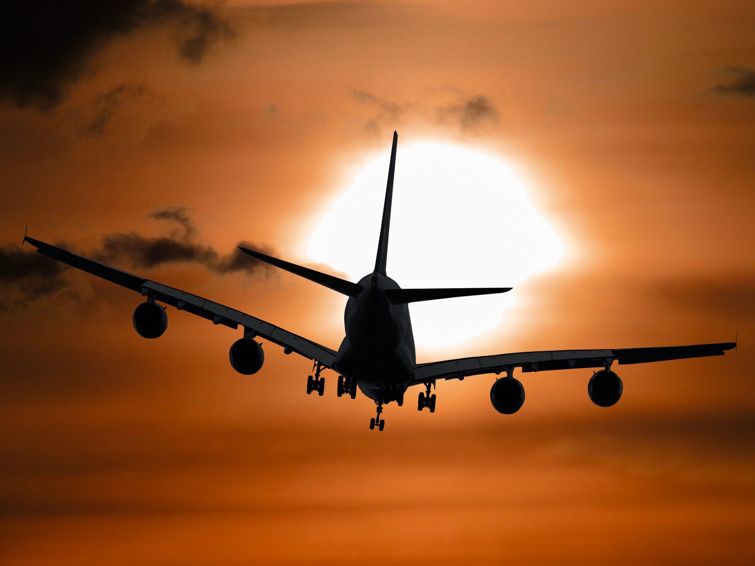 GUÍA PRÁCTICA: Cómo conseguir vuelos a precios increíbles en Internet