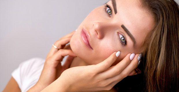 ¡Luce una piel más joven y sana con estos consejos!